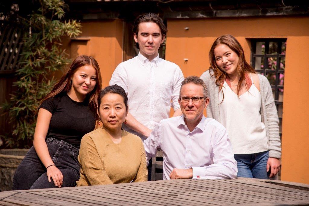 Tom-Grimmer-and-Hui-Li-Family