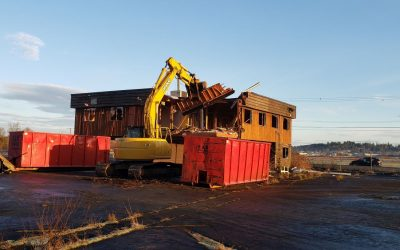 The building at Kus-kus-sum is down!